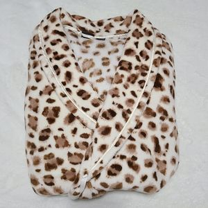 Covington XL long womens bathrobe cheetah print